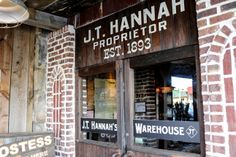 J.T. Hannah's - From the décor to the mason jars in lieu of glasses, this is a Southern eating experience. The fried foods, desserts, burgers, and sandwiches are excellent.