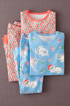 25 Super Cute Christmas Pajamas For Kids - these Mini Boden ones with the Christmas kitties? YES PLEASE!