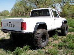Jeep Comanche MJ lifted
