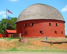 Old Round Barn in Arcadia, OK