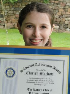 A winning essay from 5th grade pupil Clarisa Merkatz in the Rotary Club of Farmington Essay Contest establishes a 'woof of rights' for dogs.