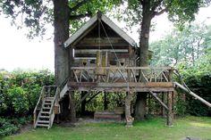 little house for the kids....boomhut van Hamer