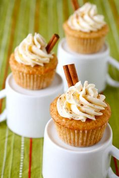 eggnog cupcakes   by annieseats