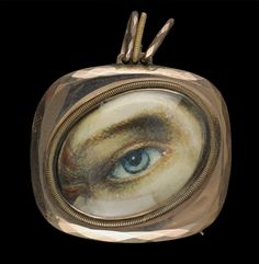 Rose gold rounded rectangular pendant and brooch. Collection of Dr. and Mrs. David Skier. #lookoflove #eyeminiatures #loverseye