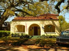 The Spanish Colonial architectural style was prominent in early North and South American Spanish colonies. It was characterized as being a mix between simple, solid construction with influences from the ornamentation in design exported by Spain.