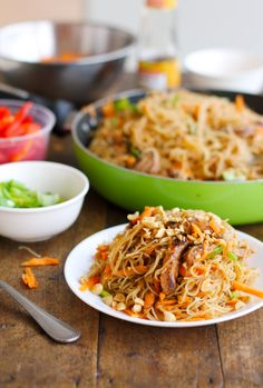 Hoisin Pork with Rice Noodles / pinch of yum