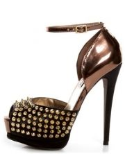 Steve Madden Obstcl-S Black and Bronze Studded Pee... - $149.00
