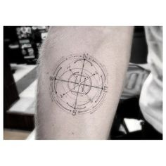 This compass-like tattoo would be perfect for a Virgo; we crave order, organization, and perfection. | 17 Tasteful And Powerful Tattoos For Virgos