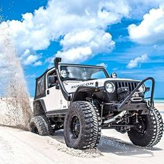 Jeep Rubicon in the sand