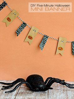 five minute DIY halloween banner