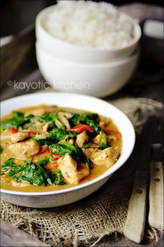 This looks soooo good!! Chicken Palava (African peanut stew)