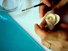 Rosa de Fondant (pasta de azúcar)