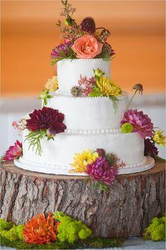 Beautiful rustic wedding cake elegant cakes, simple cakes, flower cakes, cake stands, rustic weddings, fresh flowers, cake display, rustic wedding cakes, country wedding cakes