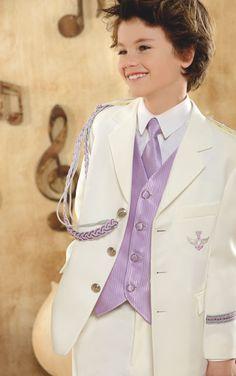 Traje Primera #Comunion de niño. Modelo marinero en blanco con chaleco y corbata rosa de #ElCorteIngles