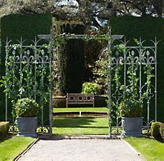 Summer Garden Trellis