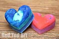 Recycled Crayon Hearts - easy and fun for kids to make. Perfect for Valentine's Day gifts!