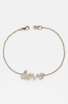 love this love heart bracelet.