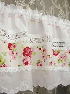 shabby chic curtains with lace inserts rosen bistro. Black Bedroom Furniture Sets. Home Design Ideas