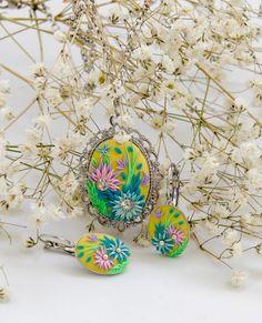 Polymer clay embroidered jewelry set - Подвеска и серьги из полимерной глины.