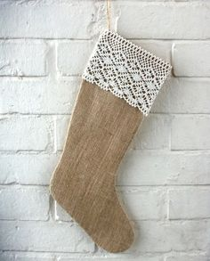 DIY Christmas Stocking in Burlap and Cream Cotton Lace Trim