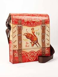 Messenger Bag Boss Lady - 95% post consumer recycled material. #ecofriendly #gogreen