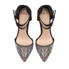 perfect date shoes! the faint chevron pattern is awesome!
