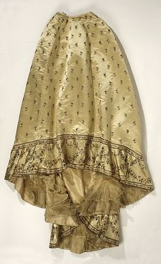 c. 1898 French silk ball gown, skirt.  House of Worth.  The Met.