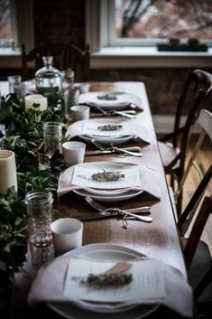 table settings, rustic table, christmas tables, kinfolk herbal, herbal infus, infus workshop, dinner tables, tabl set, holiday tables