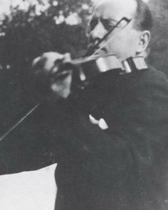 Bonhams to sell Amati violin once owned by Italian dictator Mussolini