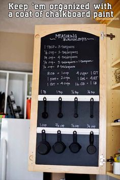 THIS is how you should organize your measuring spoons and cups.
