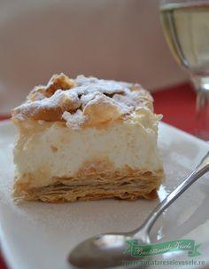 cremsnit-cu-crema-de-vanilie-si-frisca-2