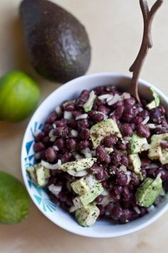 Avocado-Lime Black Bean Salad: black beans, lime, fresh cilantro, shallots, avocado #vegan #cleaneating #glutenfree
