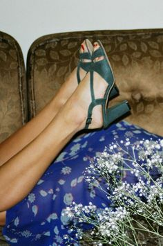 IKEBANA ALBUMS - Amanda in suede shoes