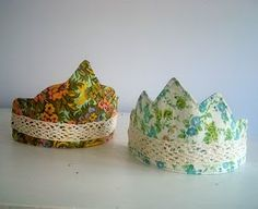 Floral play crowns with lace gift, birthday crowns, dressup, dress up, crown tutori, flower girls, fabric scraps, little flowers, kid