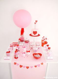Sweet Heart Valentine's Day Desserts Table   NEW Printables!! by Bird's Party #ValentinesDay #Valentyines #DessertsTable #PinkRed #CandyBar #Candy #Hearts