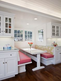 Kitchen Banquette...but not pink