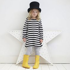 little girls, dresses, white outfits, black white, little girl clothing, top hats, stripe, fashionable outfits, kid