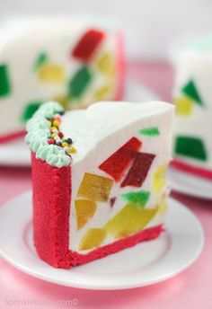 Crown Jewel Cake with Jaconde Sponge | #christmas #xmas #holiday #food #desserts