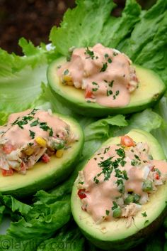 Aguacate relleno con atun or avocado stuffed with tuna salad