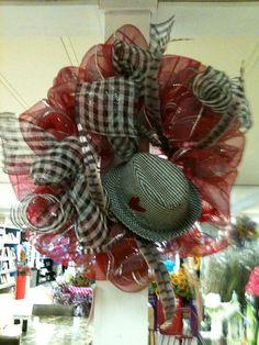 Alabama Wreath--love the Bear Bryant hat!