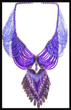 Victorian Drape Necklace by Paula Adams at Bead-Patterns.com. Lots of free beading patterns and tutorials are available on this site!