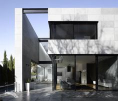 Minimalistic private residence in Herzliya Pituah, Israel