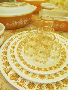 Butterfly Gold Corelle and Pyrex, via Flickr. I had this set this years!