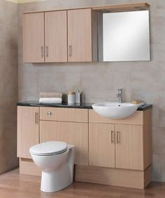 Ba os peque os on pinterest pedestal sink black toilet for Small fitted bathrooms