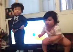 Wiggly Korean toddler starts new viral dance trend. This is pretty funny!!