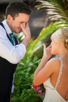 Cutest picture ever? #FirstLook #Destinationwedding