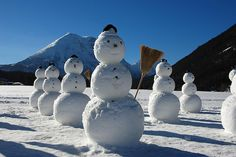 *The march of the snowmen