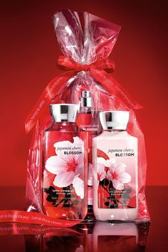 Adding a bow to America's #1 Fragrance Collection makes this the PERFECT gift! #JapaneseCherryBlossom