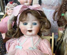 jolie poupée