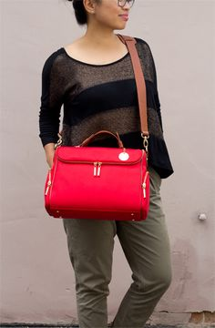 Elijah and Co. Amber Cambag - stylish camera bag for women